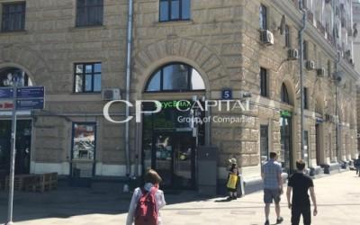 Street Retail: Зацепский вал, 5