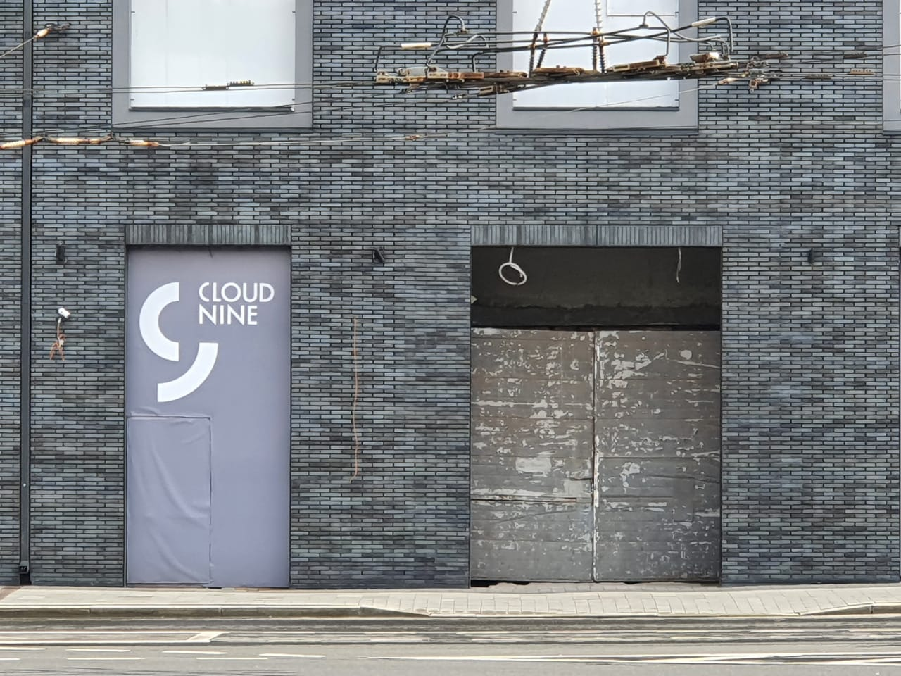 Street Retail: CLOUD NINE 79
